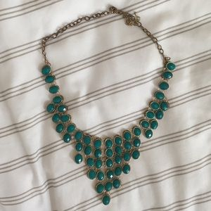 Jewelry - 🦚 Green & Gold Jewel Necklace